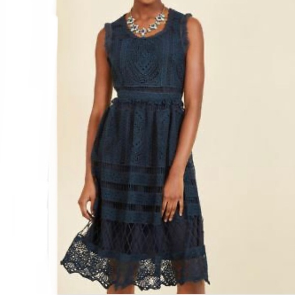 GEODE MODCLOTH Women's Blue Crochet Lace Dress